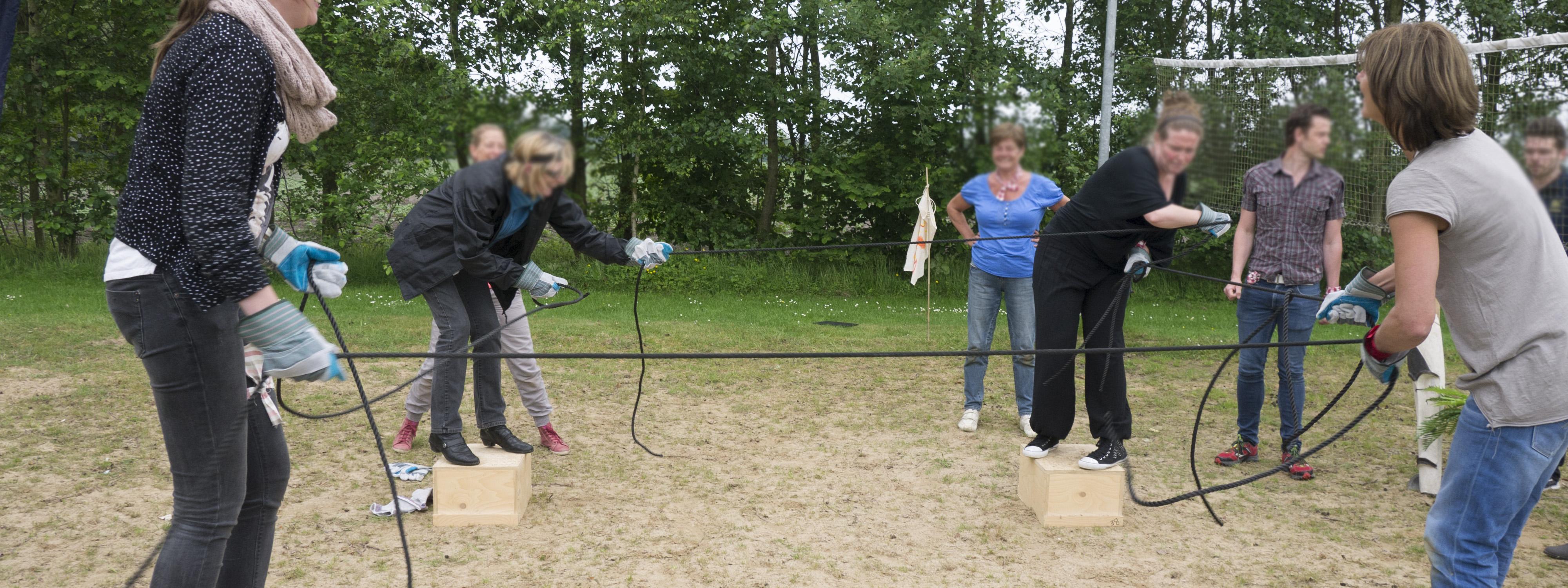 Teamwork spel fun outdoor